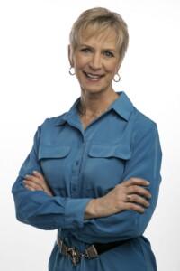 Peggy Nipp Headshot